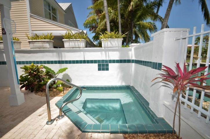 7032 Harbor Village Drive, Duck Key, FL 33050