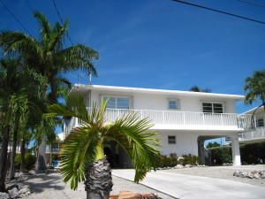 84 W Plaza Granada, Lower Matecumbe, FL 33036