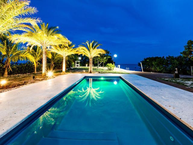 131 Seaside Avenue, Key Largo, FL 33037 (MLS# 580964) - Florida Keys