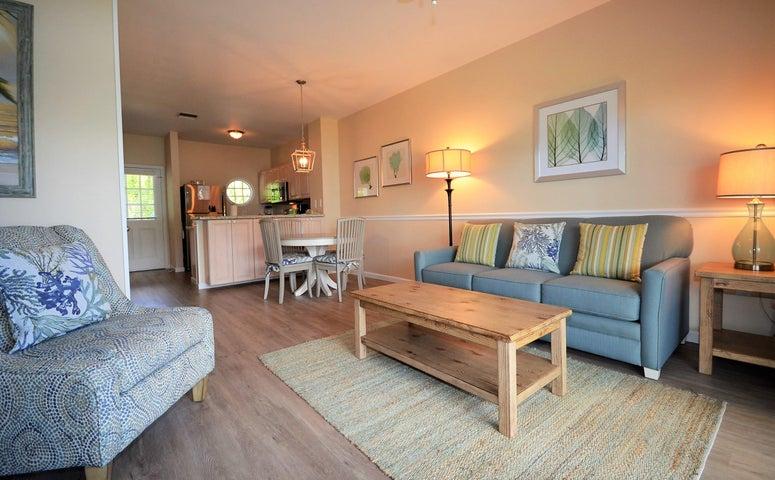 5044 Sunset Village Drive, HAWKS CAY RESORT, Duck Key, FL 33050