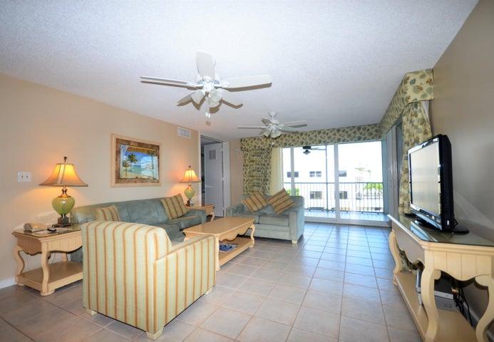 8302 Marina Villa Drive, Duck Key, FL 33050