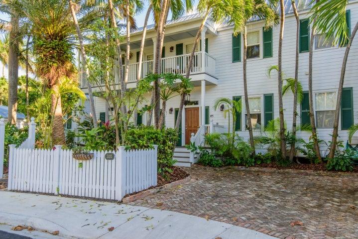 320 Admirals Lane, Key West, FL 33040