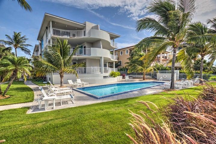921 W Ocean Drive, 3A, Key Colony, FL 33051