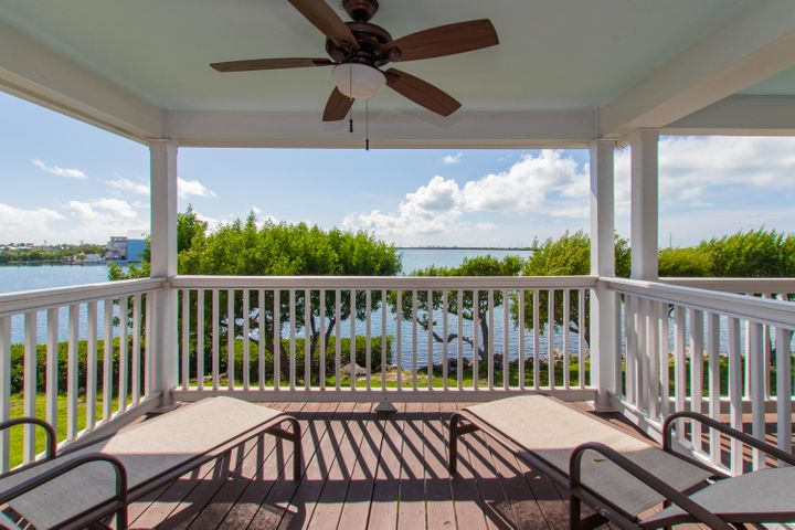 5036 Sunset Village Drive, Duck Key, FL 33050