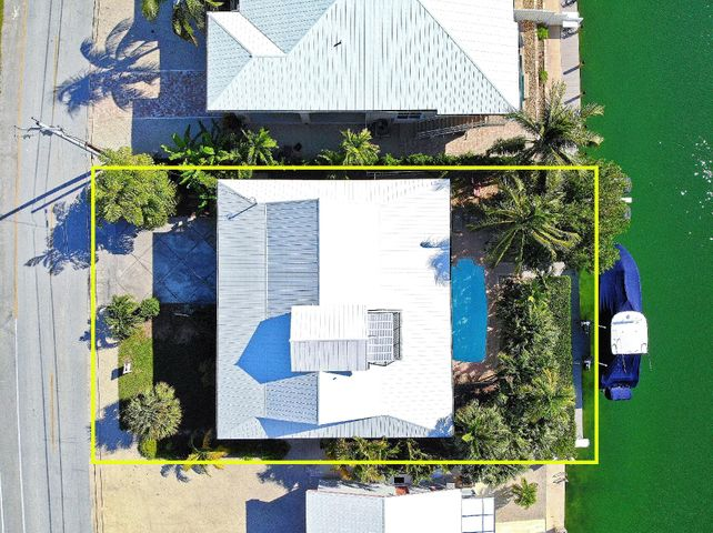 381 8th Street, Key Colony, FL 33051