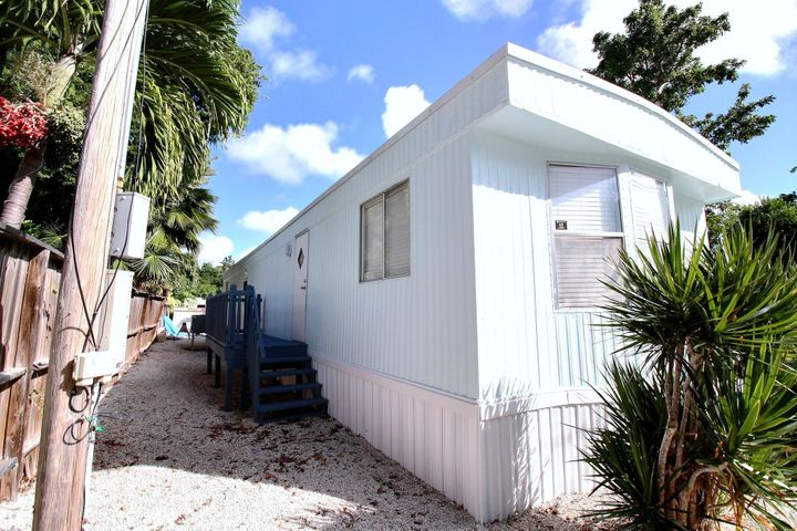 514 Tina Place, Key Largo, FL 33037
