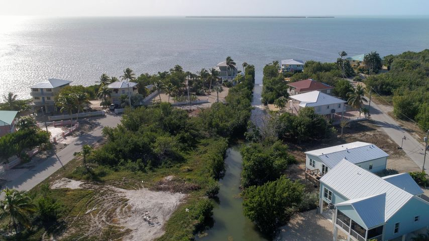 1137 Basque Lane, Cudjoe Key, FL 33042