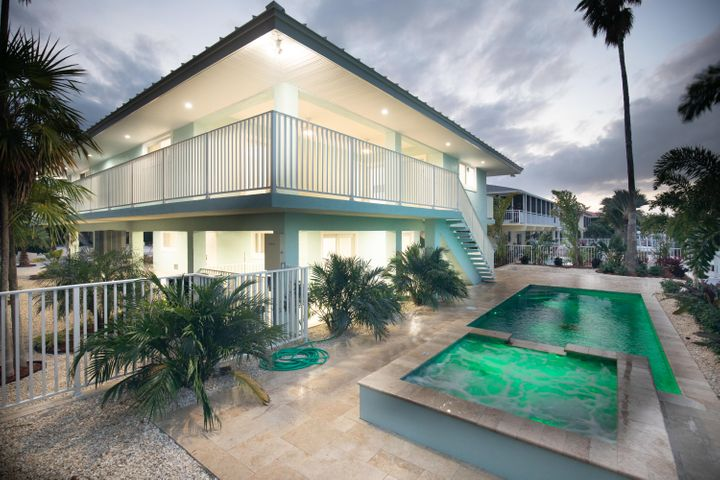 258 W Seaview Drive, Duck Key, FL 33050