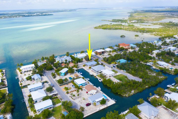 1063 W Shore Drive, Big Pine Key, FL 33043