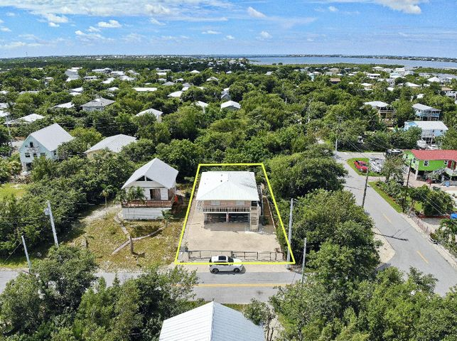 29112 Poinsetta Lane, Big Pine Key, FL 33043