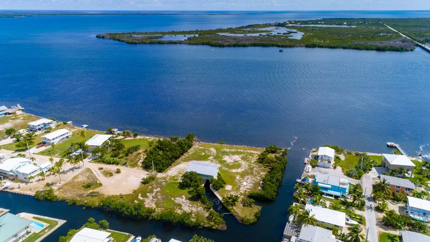 1900 Coral Way, Big Pine Key, FL 33043