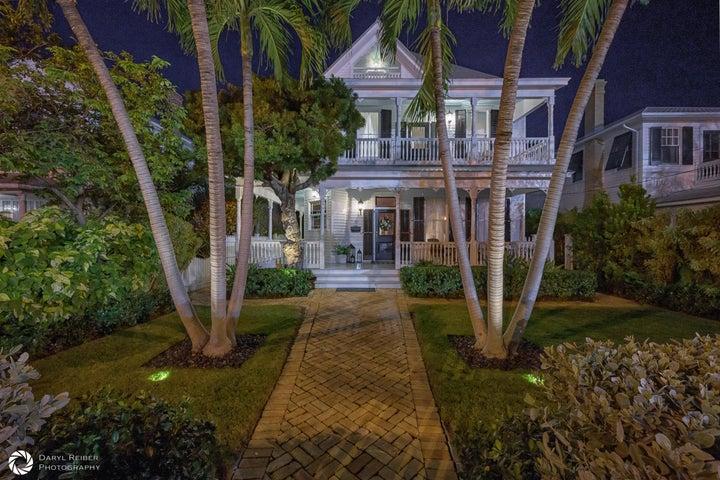 1307 Truman Avenue, Key West, FL 33040