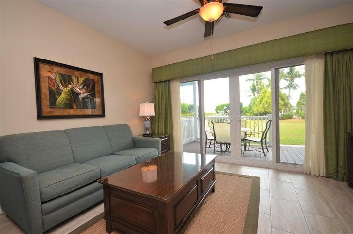 5100 Sunset Village Drive, Duck Key, FL 33050