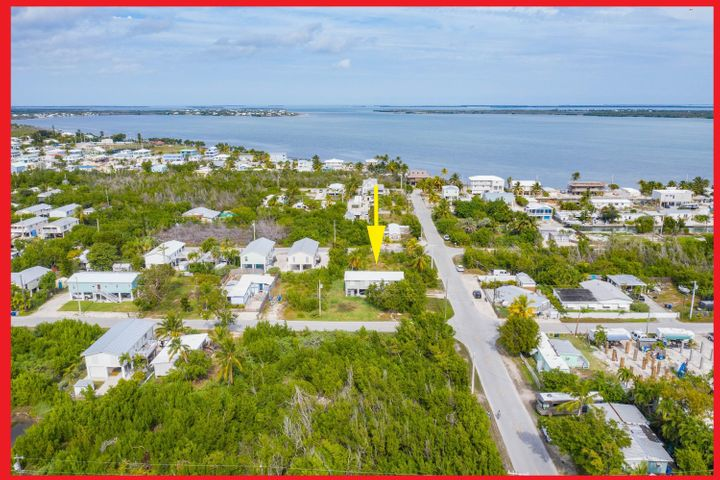 Welcome to 31279 Avenue G on Big Pine Key.