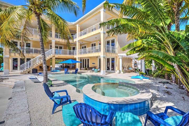 101 Ocean Shores Drive, Key Largo, FL 33037