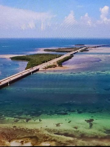 Missouri Overseas Highway, Big Pine Key, FL 33043