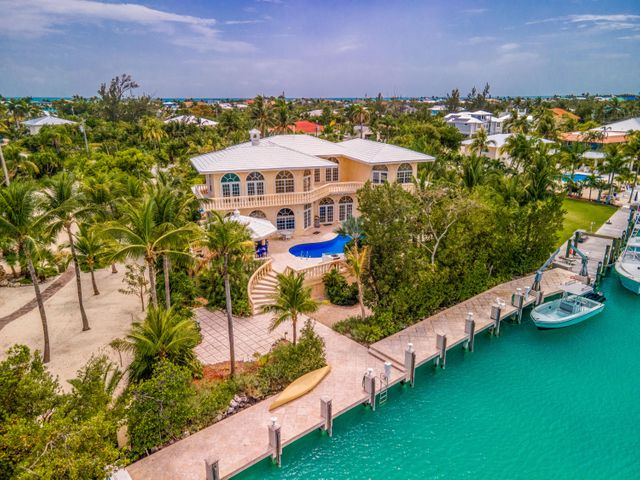 152 N Indies Drive, Duck Key, FL 33050