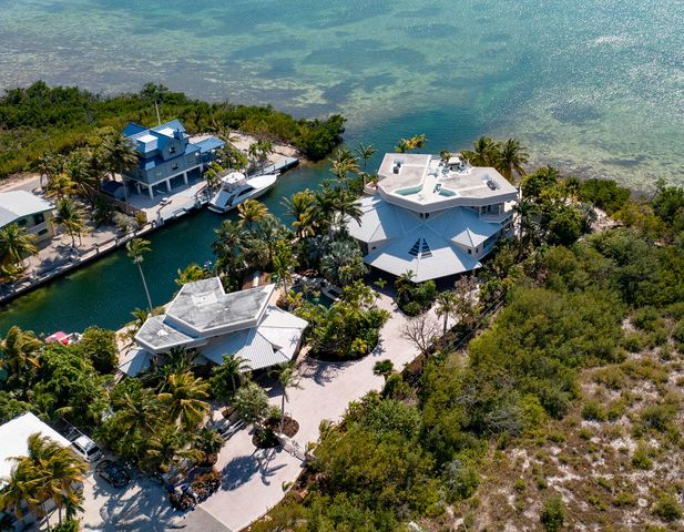 Welcome to Contemporary Keys Haven!
