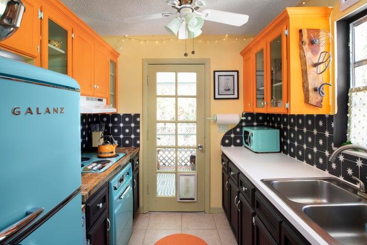 29284 Coconut Palm Drive, Big Pine Key, FL 33043