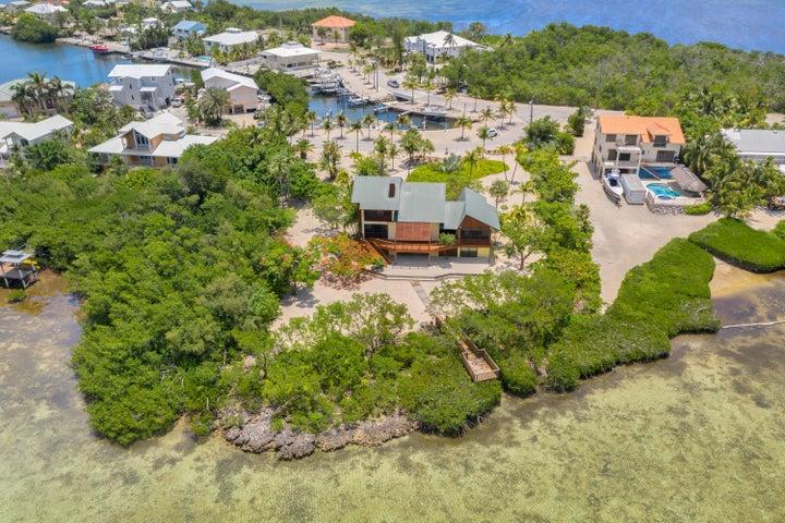 100 Pirates Cove Drive