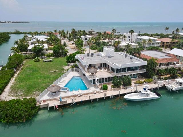392 E Seaview Drive, Duck Key, FL 33050