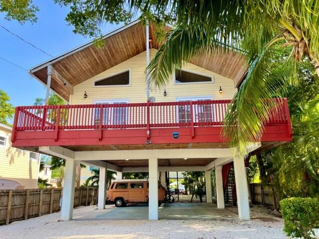 9 SE Marlin Avenue, Key Largo, FL 33037