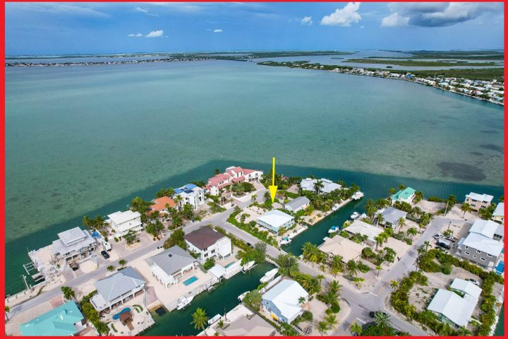 Welcome to 861 Flagship Drive in beautiful Summerland Key Cove, FL.