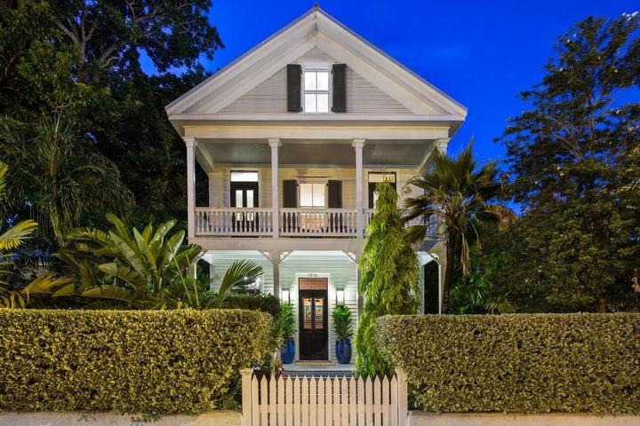 1215 Truman Avenue, Key West, FL 33040