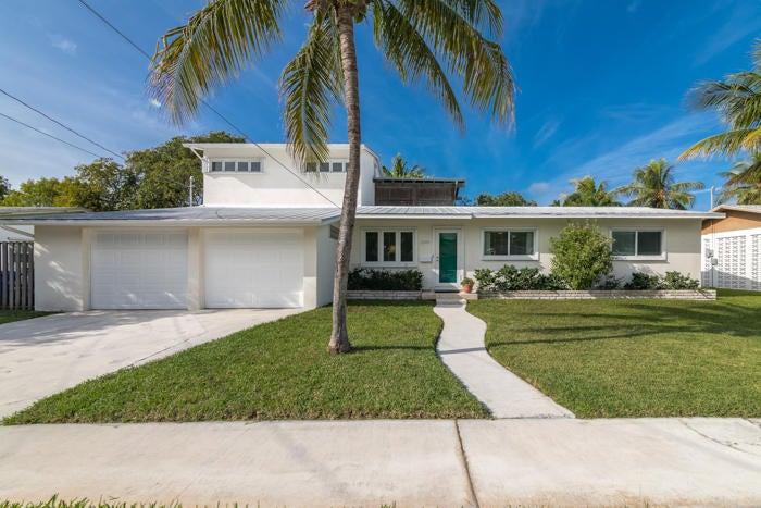 1604 Bahama Drive