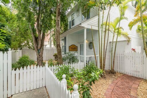 216 Fleming Street, KEY WEST, FL 33040