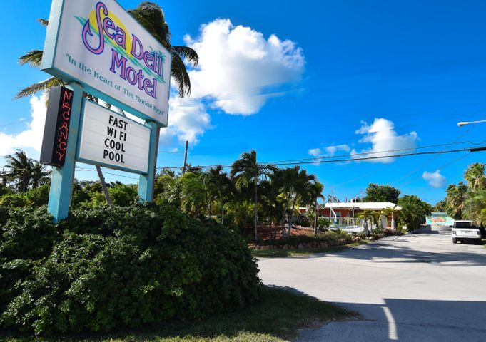 5000 Overseas Highway, MARATHON, FL 33050