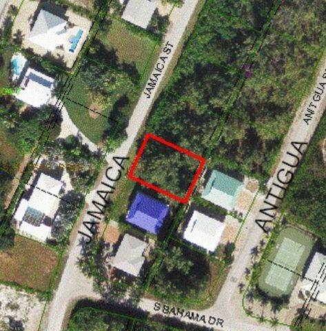 20 Jamaica Street, Duck, FL 33050