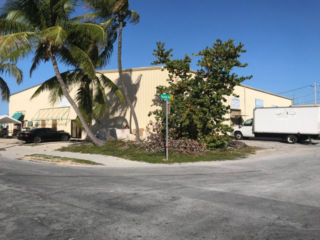 6651 Peninsular Avenue, Stock Island, FL 33040