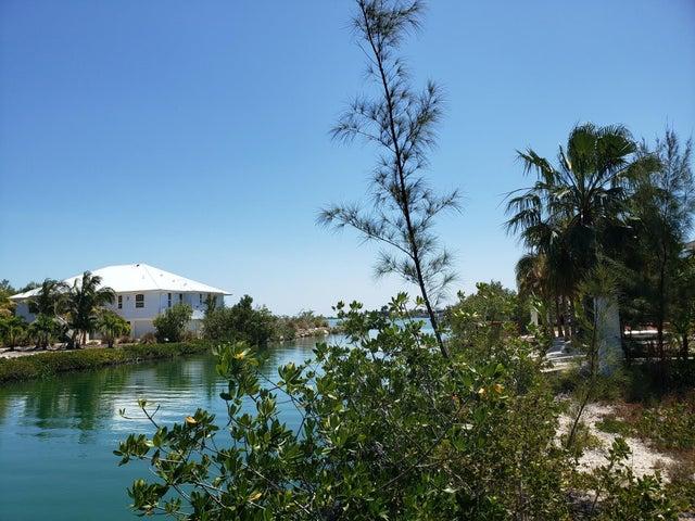 Cedar Lane, Sugarloaf, FL 33042
