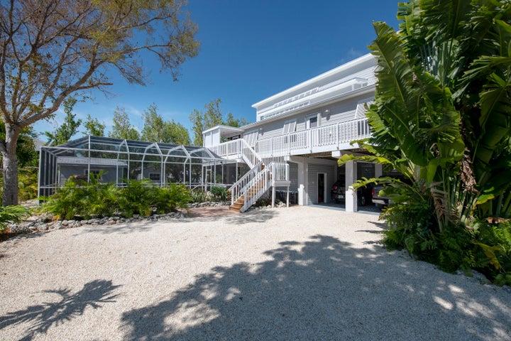 27397 Cayman Lane, Ramrod, FL 33042