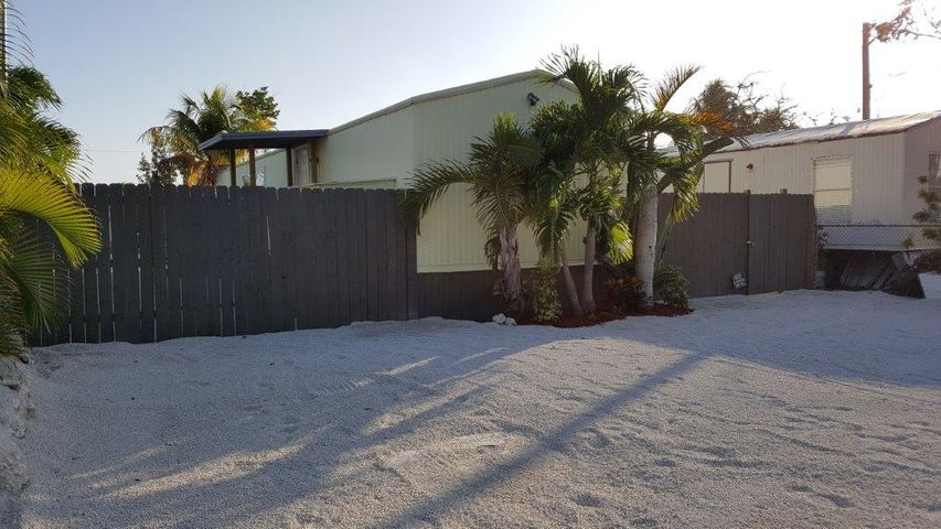 27974 Tarpon, Little Torch, FL 33042