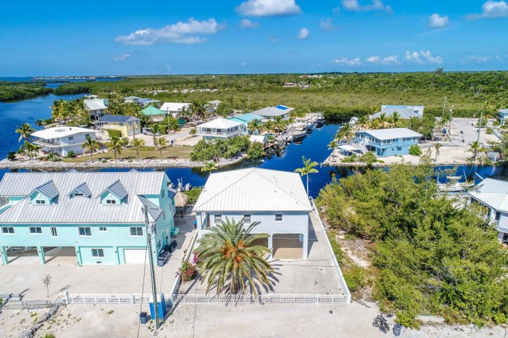 105 La Paloma Road, KEY LARGO, FL 33037