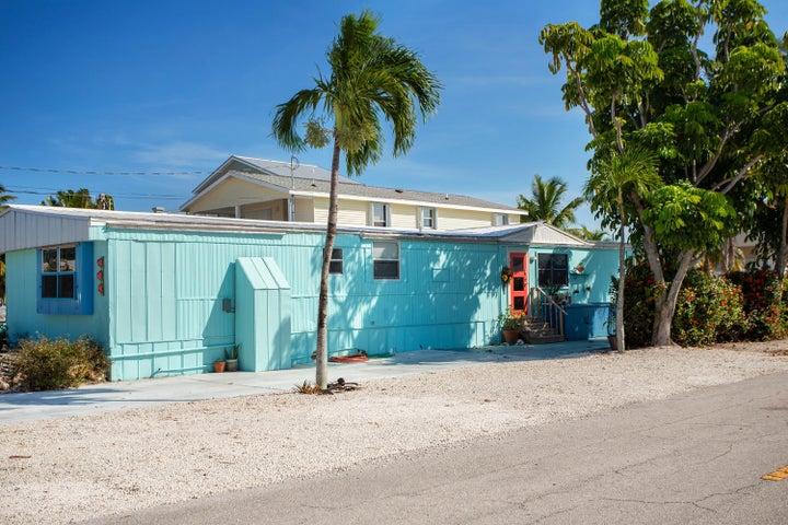 158 Sun Lane, Geiger, FL 33040