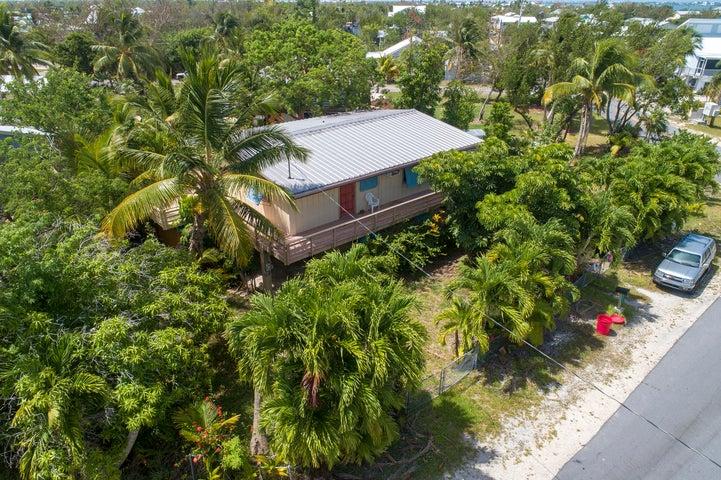 29210 Coconut Palm Drive, Big Pine, FL 33043