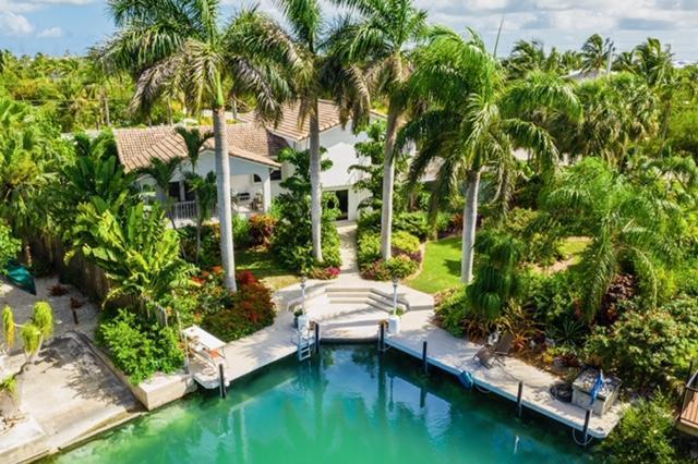 17194 Coral Drive, Sugarloaf, FL 33042