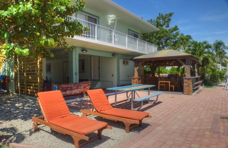 15 Poisonwood Road, KEY LARGO, FL 33037
