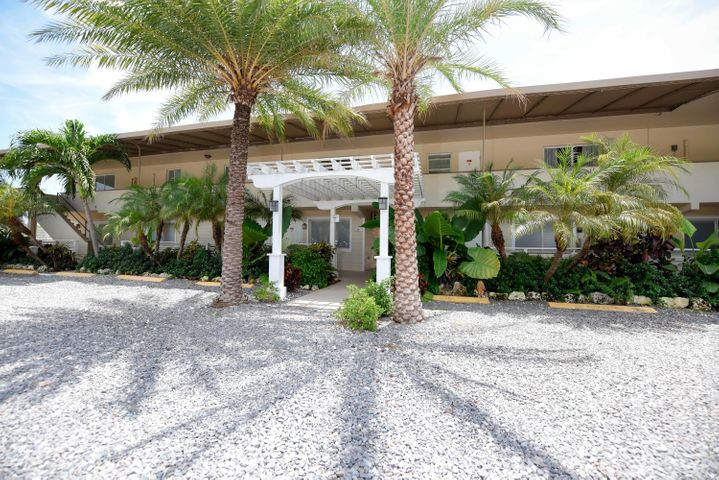90611 Old Highway, ISLAMORADA, FL 33070