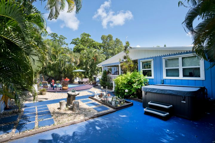 2832 Staples Avenue, KEY WEST, FL 33040