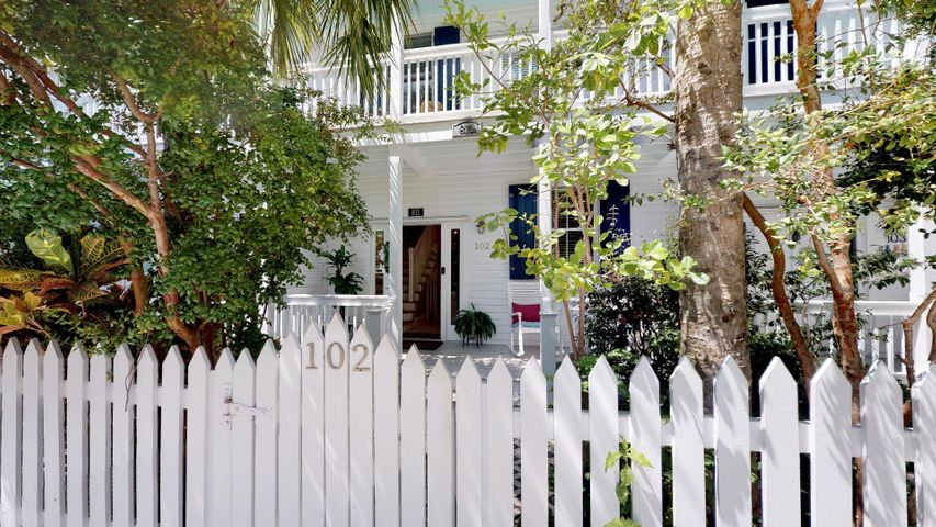 811 Washington Street 102, KEY WEST, FL 33040