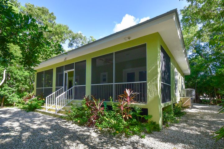 100 Coconut Lane, ISLAMORADA, FL 33036