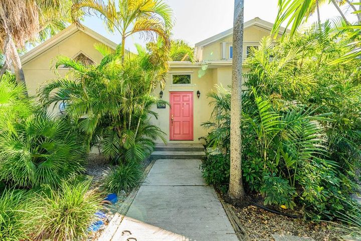 2406 Staples Avenue, KEY WEST, FL 33040