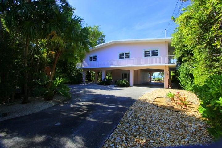 122 Shore Drive E, KEY LARGO, FL 33037