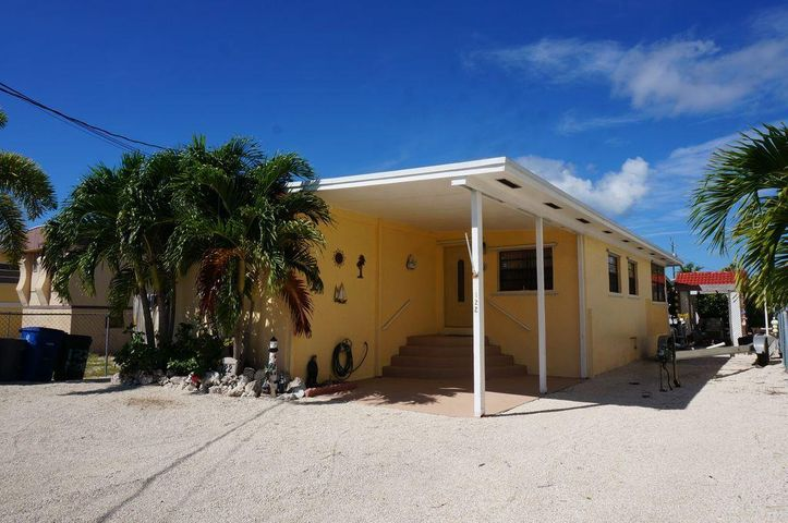 33042 2 Bedroom Home For Sale