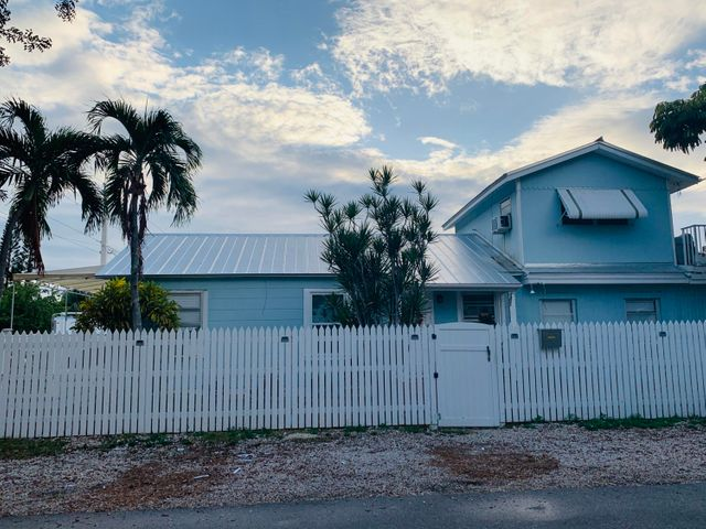 2121 Fogarty Avenue, KEY WEST, FL 33040