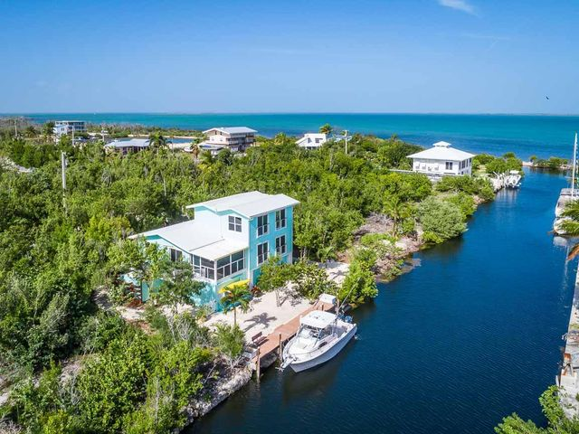 2083 Bahia Shores Road, No Name, FL 33043
